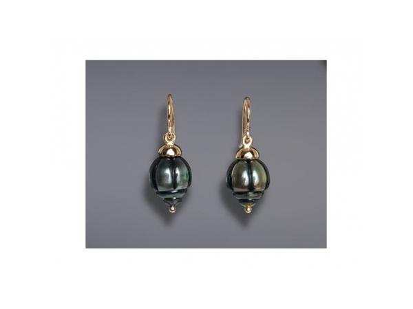 Pearl Earrings - Ladies 14 karat yellow gold carved tahitian rolo pearl earrings.   These earrings features two carved 9.00 mm tahitian pearl dangling from high polished end caps.  The frenchwire earrings measure 1.00 inch in length and weigh 4.10 grams.