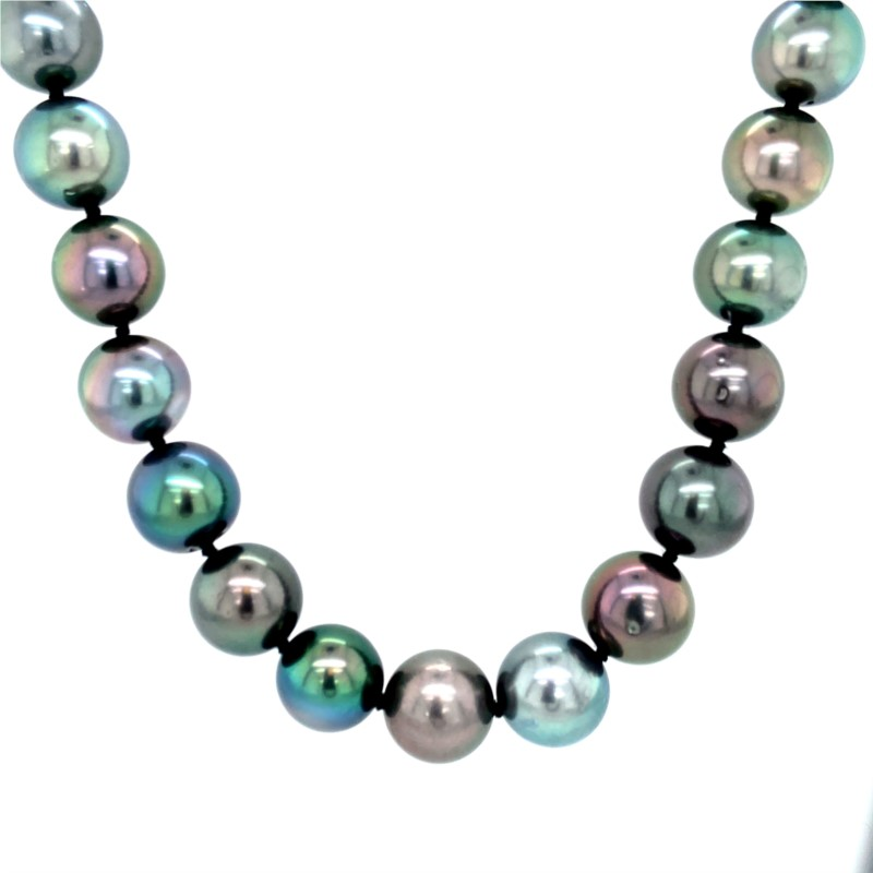 Pearl Necklace - Ladies 14 karat white gold tahitian single strand pearl necklace.  This necklace features 40 10.00 - 11.00 mm round black tahitian pearls.  The necklace measures 18.00 inches in length with a bead clasp. grams: 51