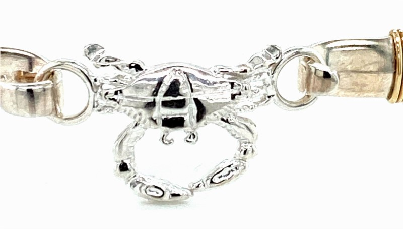 Charm - Ladies custom clasp collection sterling silver high polished and detailed crab charm clasp.  This nautical charm measures 1.00 inch in width and weighs 1.80 grams.  This item coordinates with the sterling silver custom clasp collection.