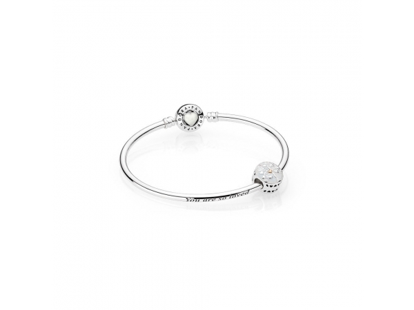 Fine Jewelry - The Tree of Hearts Limited Edition Bangle Gift Box Set - image #2