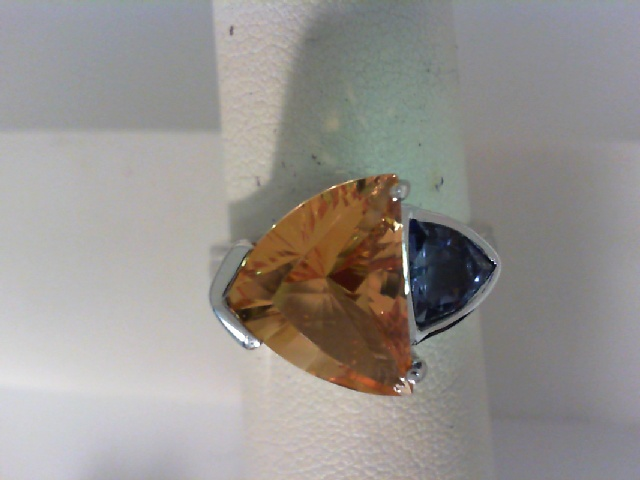 Ring - Sterling Silver Ring With One 4.32Ct Trillian Citrine And One Trillian Iolite