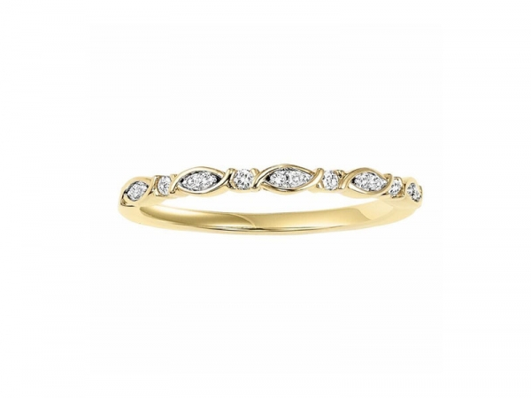 14kt Yellow Gold Diamond Wedding Ring  - 14kt yellow gold diamond ring with 1/10ct total weight