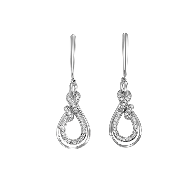 Shop our huge selection of designer earrings for women in Washington, IA. Steal the show with our glamorous diamond studs or drop earrings in sterling silver.