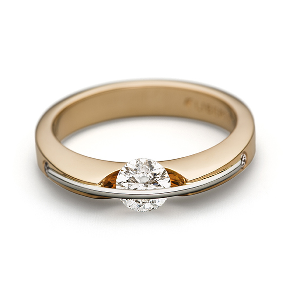 Engagement - Liberté Diamond Ring