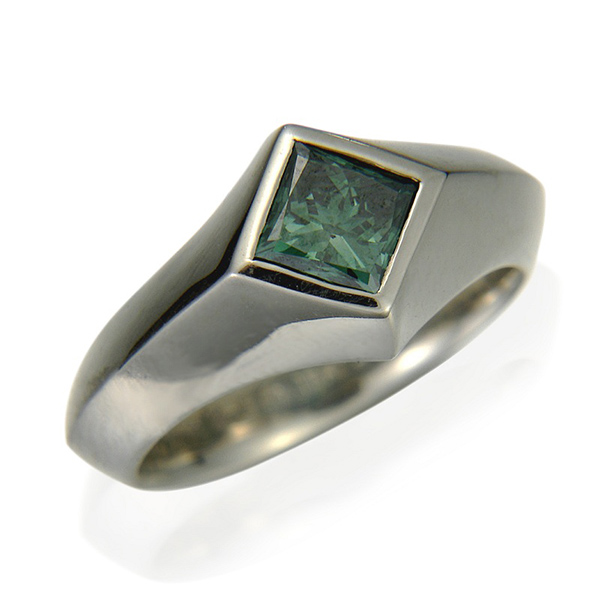 Edward Ring - Designer: Etienne PerretStyle: Edward Men's RingMetal: 18-karat white gold, high polishDiamond: 1.61 carat square green diamond (color treated)Finger Size: 9.5 US