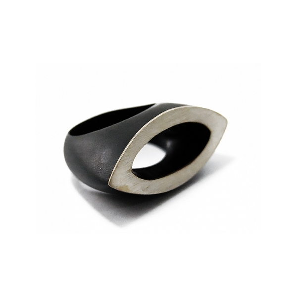 Leaf Ring - Designer: Bé Dogon ArtStyle: Leaf RingMaterial: Ebony and SilverDimensions: 1.25 x 1.5 inchesFinger Size: approx. 9 US