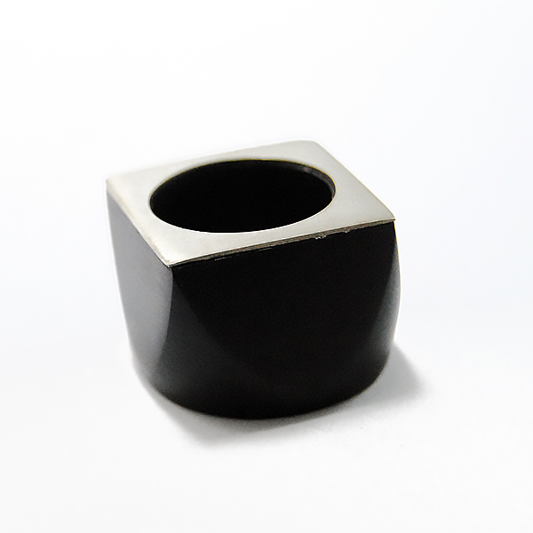 Square Ring - Designer: Bé Dogon ArtStyle: Square RingMaterial: Ebony and SilverDimensions: 1 x1 inchesFinger Size: approx. 7 US