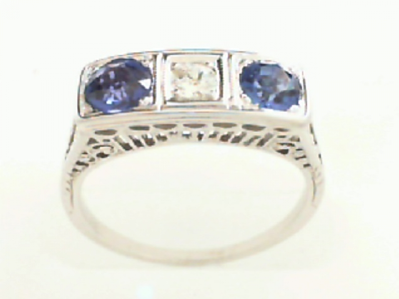 Estate & Vintage Jewelry - ESTATE FILIGREE DIAMOND AND SAPPHIRE RING