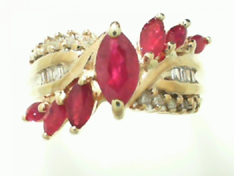 Estate & Vintage Jewelry - ESTATE RUBY & DIAMOND RING