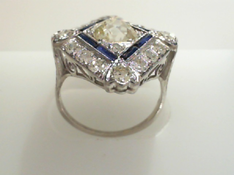 Estate & Vintage Jewelry - PLATINUM ESTATE DIAMOND & SAPPHIRE RING - image #2