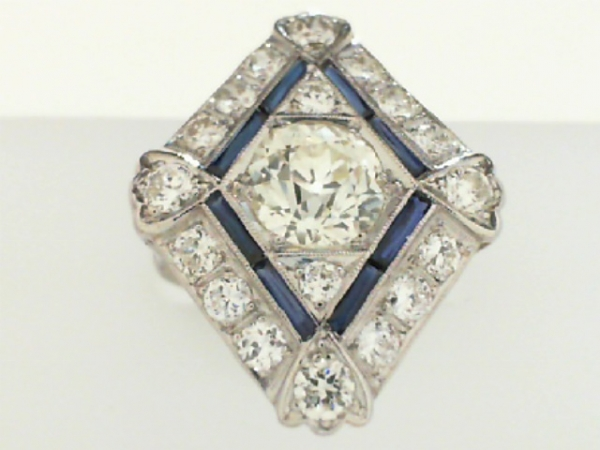 Estate & Vintage Jewelry - PLATINUM ESTATE DIAMOND & SAPPHIRE RING