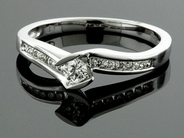 Engagement Ring - 10KW 1/4CTW LDS DIAMOND RING