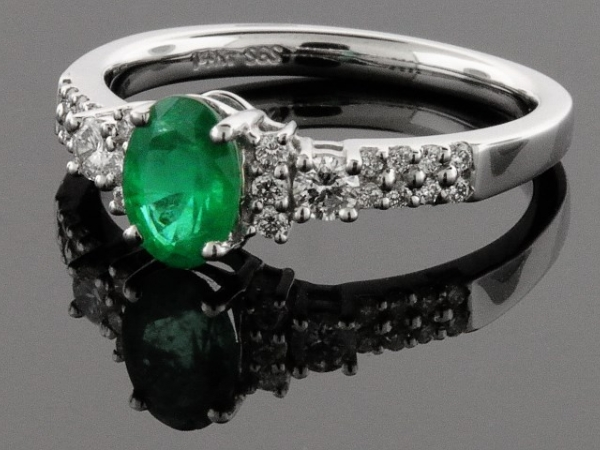 Fashion Ring - 14KW LDS RING W/.28CTW DIAS 7X5MM EMERALD