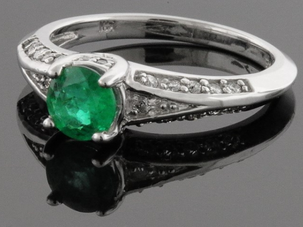Fashion Ring - 14KW D=.25CTW LDS EMERALD & DIAMOND RING