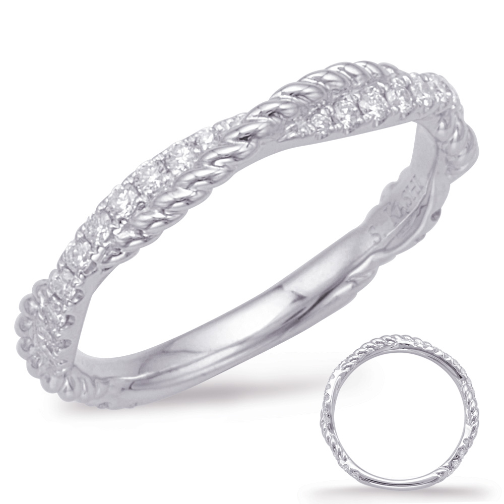 Wedding Band - Estate Piece!  There are a total of 32 stones. There are round diamonds with a total carat weight of 0.27ct set in a Micro Prong setting 3mm, 14kw gold.  Size 6.25.
