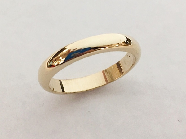 Wedding Band - Estate piece! 14ky gold 3.5mm wedding band, size 8,