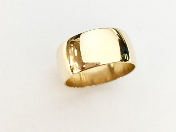Wedding Band - Estate piece! 9.5mm 14ky gold band, size 8.