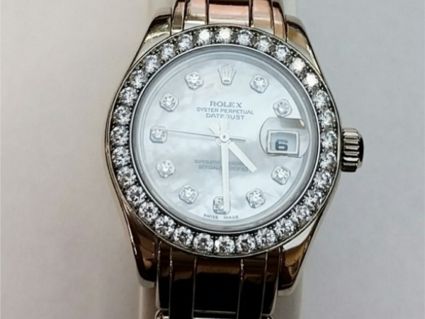 Watch - Estate piece!  18kwg 2005 Rolex Pearlmaster with White Mother Of Pearl Dial and Diamond bezel Model 80299, Serial D801362. Comes with Box and original tags. 1 year warranty on movement