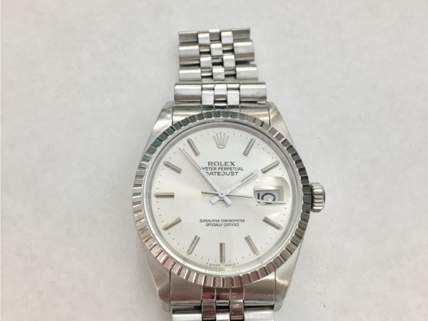Watch - Estate Piece!  Authenticated and overhauled Rolex jubilee silver dial stainless steel serial #9035408 model#16030. 1987  Comes with a 1 year warranty on the movement. Does not come with box.