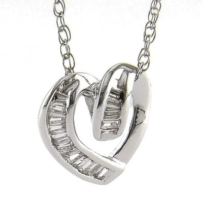 Diamond Pendant - 14 Karat White Gold Heart Pendant With 0.11Tw Round Diamonds