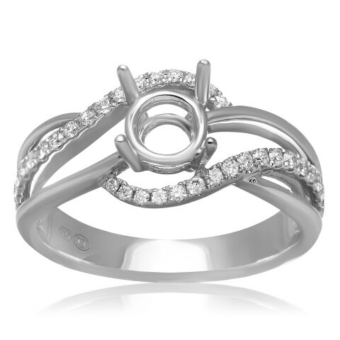 Looking for the perfect diamond rings? P.K. Bennett Jewelers near Libertyville IL has what you need. Check out our selection online right now!