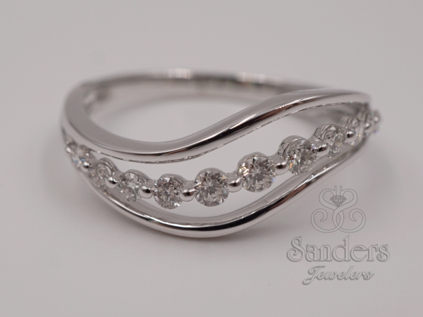 Rings - Wavy Fashion Diamond Ring