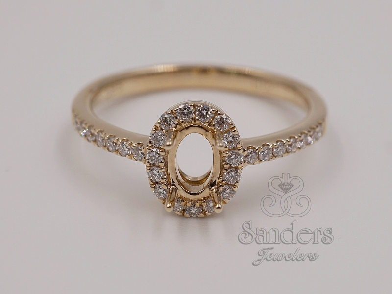 Rings - Oval Halo Diamond Semi-Mount