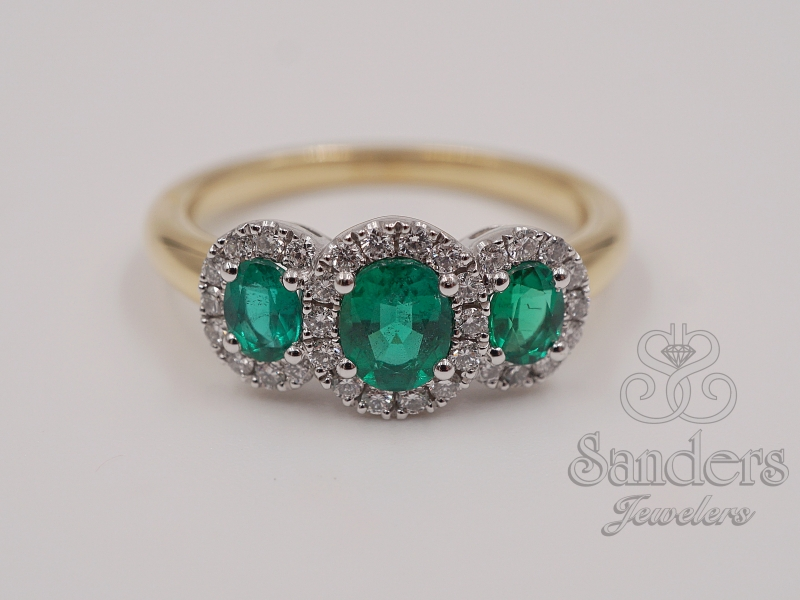 Rings - Three Stone Emerald Ring
