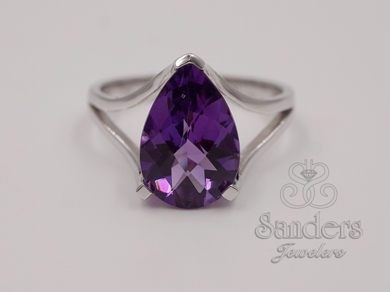 Rings - Pear Shaped Amethyst Ring
