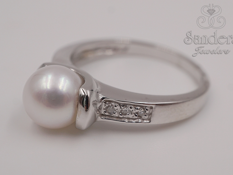 Rings - Akoya Pearl and Diamond Ring. - image 2