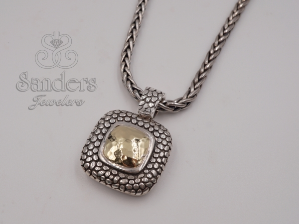 Pendants & Necklaces - Two-Tone Stingray Necklace