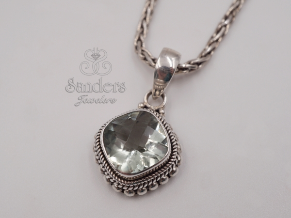 Pendants & Necklaces - Green Amethyst Pendant