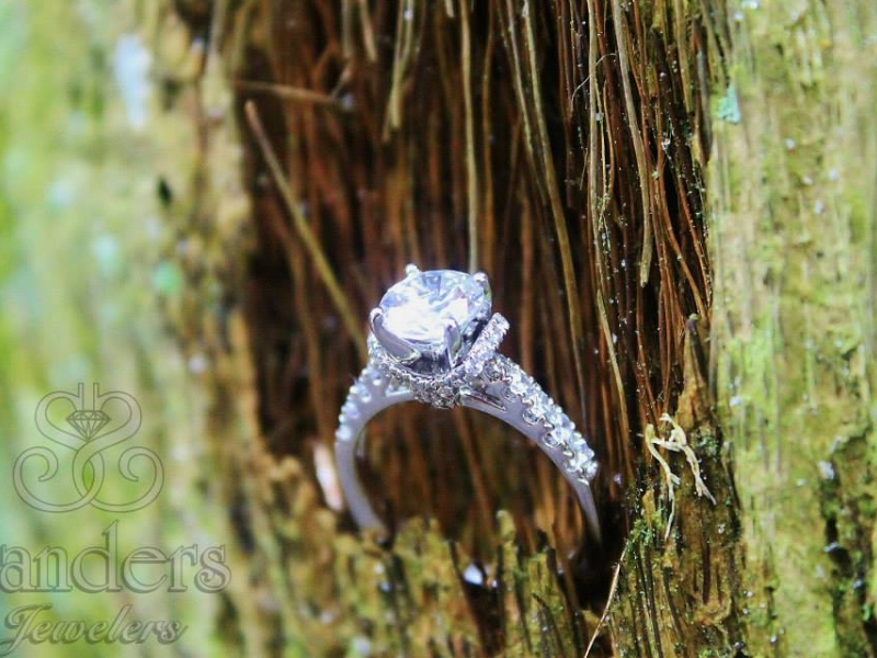 Bridal Jewelry - Diamond Fishtail Setting Engagement Ring