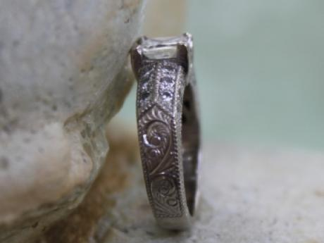 Sanders Jewelers Custom Designs - Hand Engraved