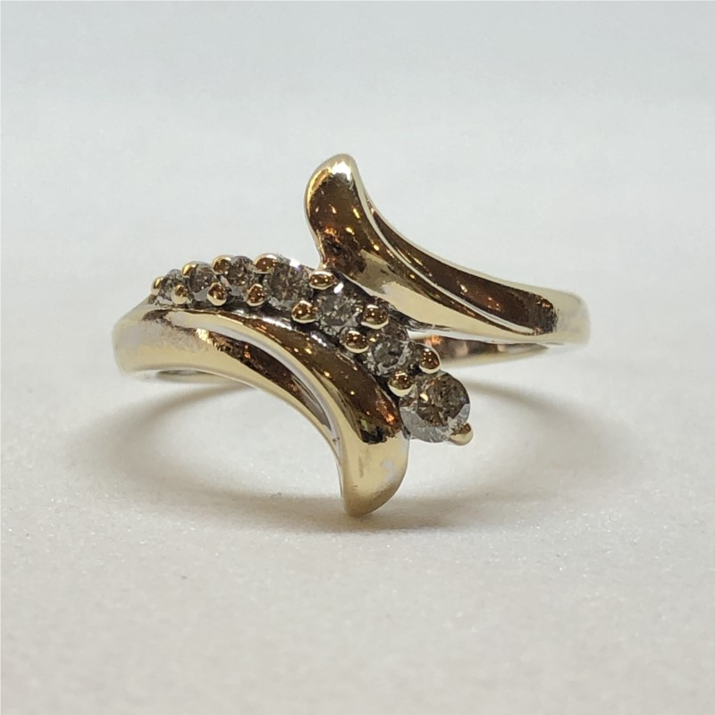 Diamond Ring - 10KY .25ctw graduated waterfall ring