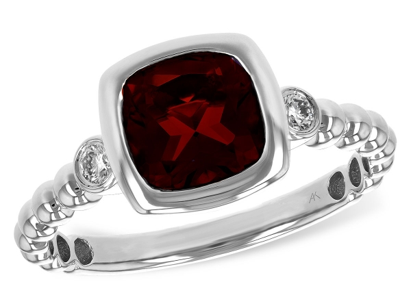 14KT Gold Ladies Diamond Ring - LDS RG 1.52 GARNET 1.60 TGW