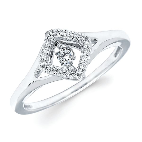 Browse our fine jewelry collection of wedding bands at Michael's Jewelry Center in Dayton, Ohio.