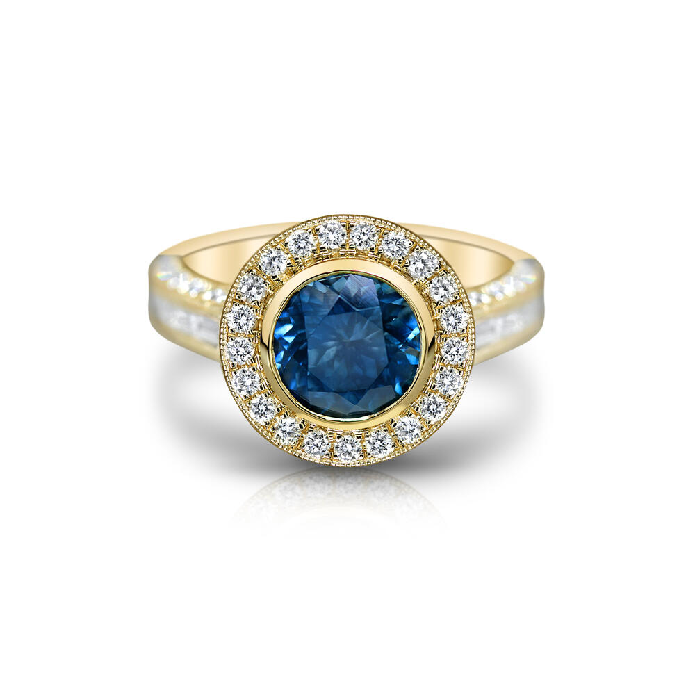 Rings - Yellow Gold Sapphire Ring