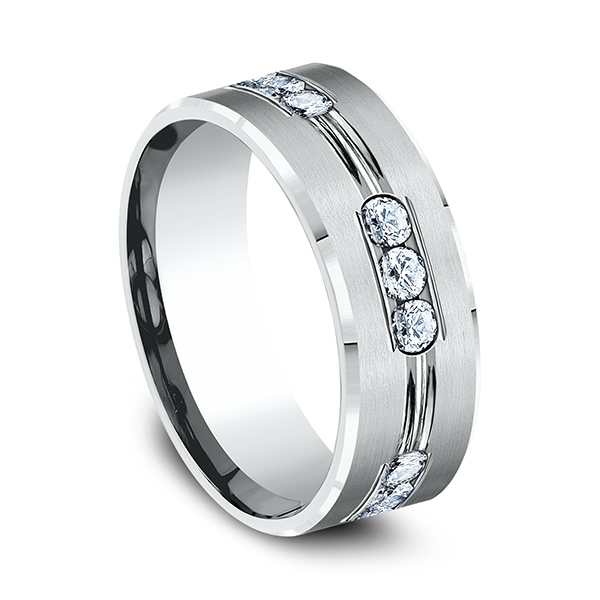 Comfort-Fit Diamond Wedding Band Image 2 Geoffreys Diamonds & Goldsmith San Carlos, CA