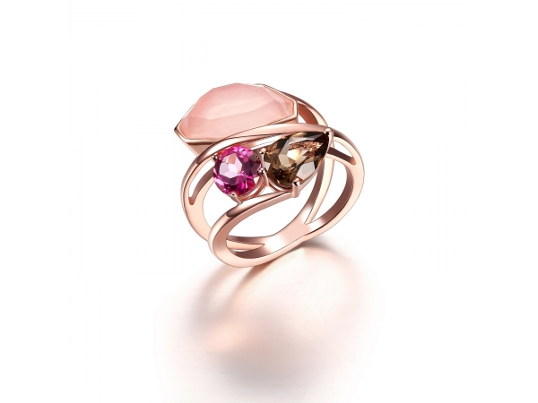 Rose Gold Ring Rose Quartz by Elle Jewelry