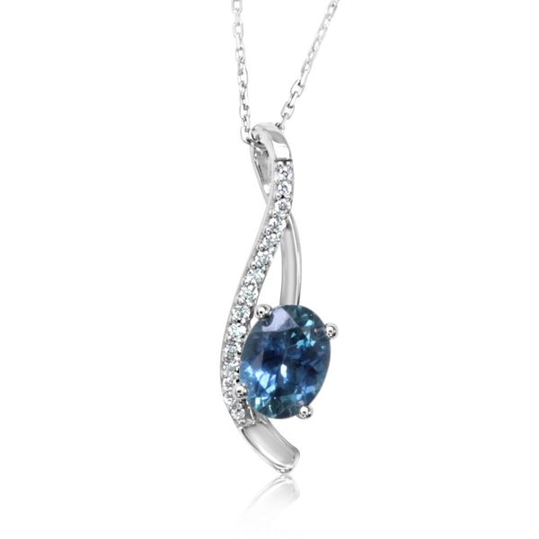 White Gold Sapphire Pendant Towne & Country Jewelers Westborough, MA