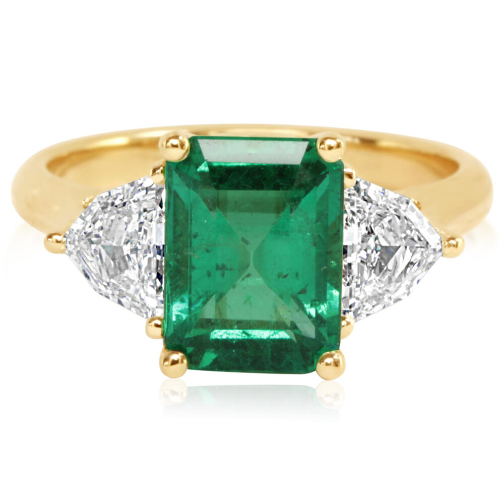Yellow Gold Emerald Ring Towne & Country Jewelers Westborough, MA