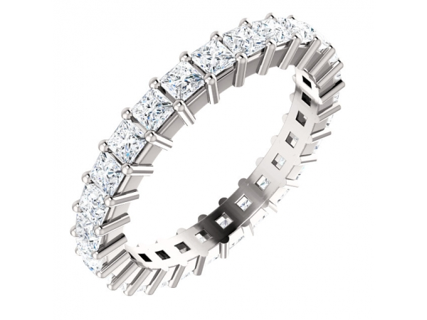 An anniversary band can make a wonderful gift for your partner, and Grogan Jewelers is sure to have just the one. Choose from
